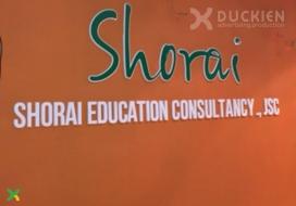 Backdrop mica logo công ty du học Shorai