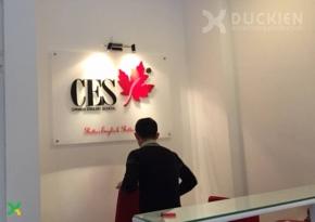 Backdrop lễ tân Canada English School