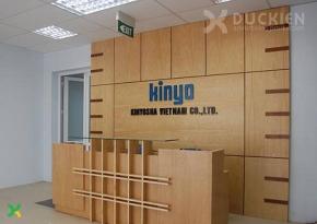 Backdrop lễ tân công ty Kinyo