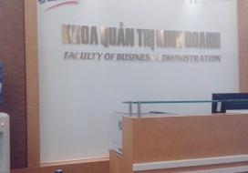 Backdrop khoa quản trị kinh doanh, ĐH QG Hà Nội