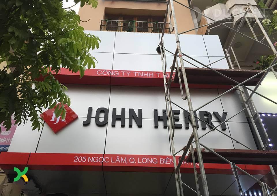 Làm biển quảng cáo cho chuỗi John Henry