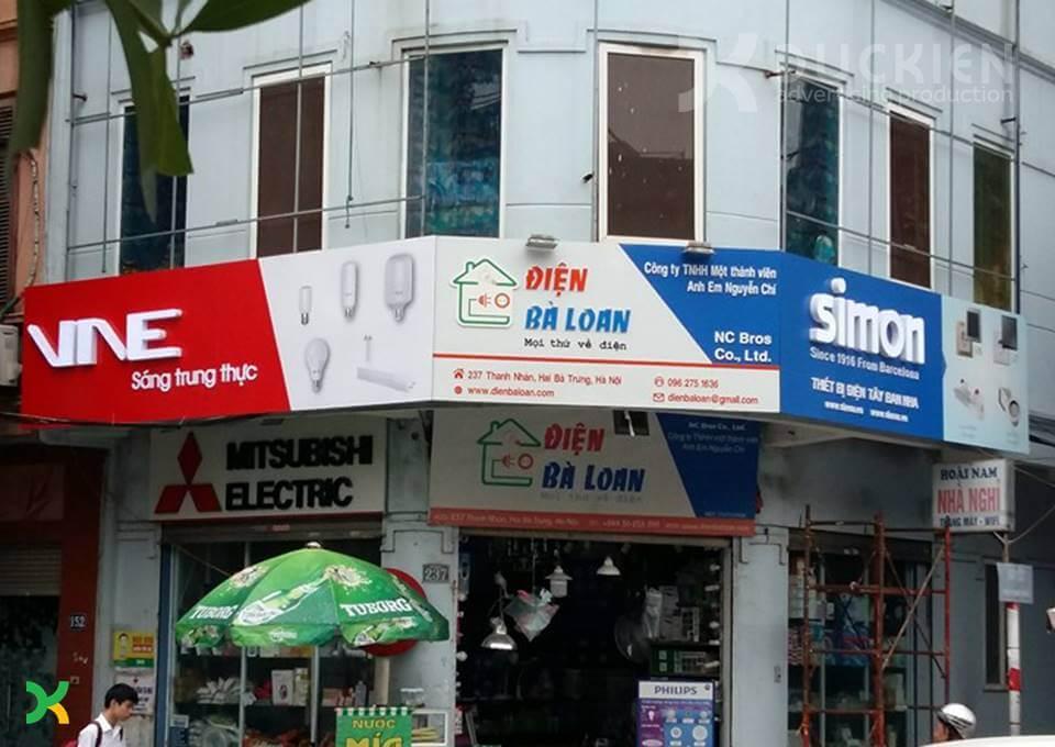 Một góc nhìn biển quảng cáo Simon tại Thanh Nhàn