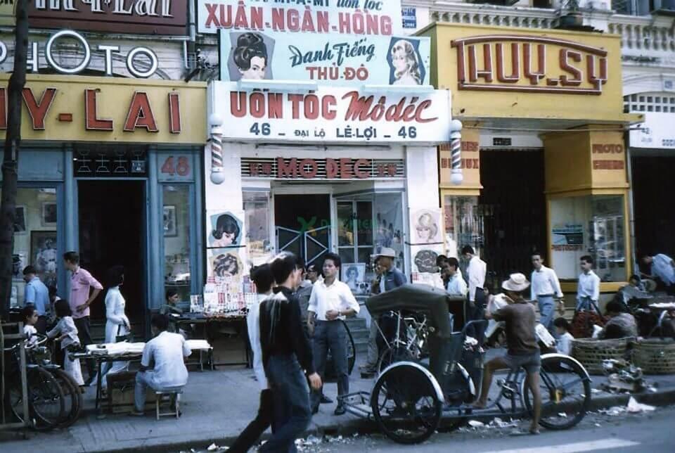 Người Sài Gòn xưa và việc kinh doanh, quảng cáo