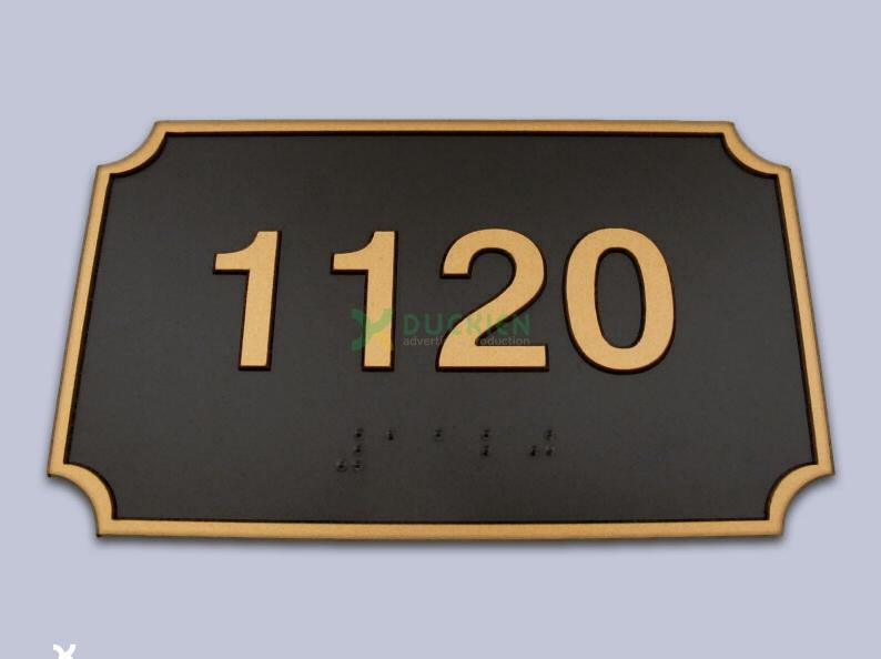 Biển số phòng chung cư bằng chữ mạ vàng