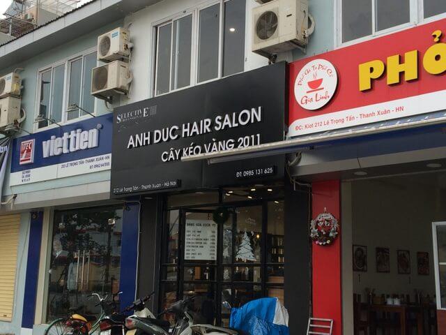 """Biển quảng cáo trên con phố """"đồng phục"""" Lê Trọng Tấn, Thanh Xuân"""