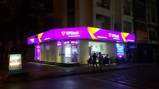 Biển hộp đèn 3M của ngân hàng Tiên Phong