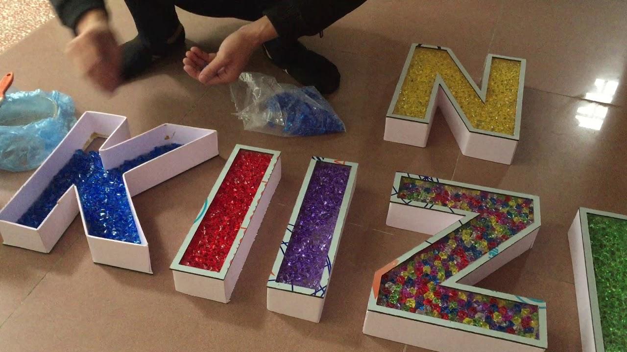 Sản xuất chữ nổi acrylic giả đá