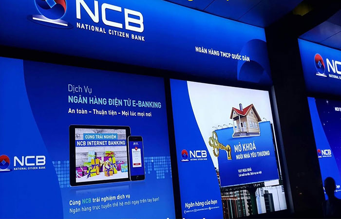 Biển hộp đèn 3M sử dụng làm biển quảng cáo của ngân hàng NCB