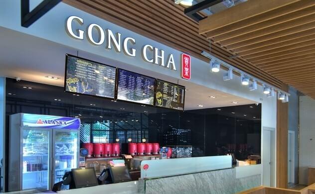 Biển quảng cáo trà sữa Gong Cha trong trung tâm thương mại