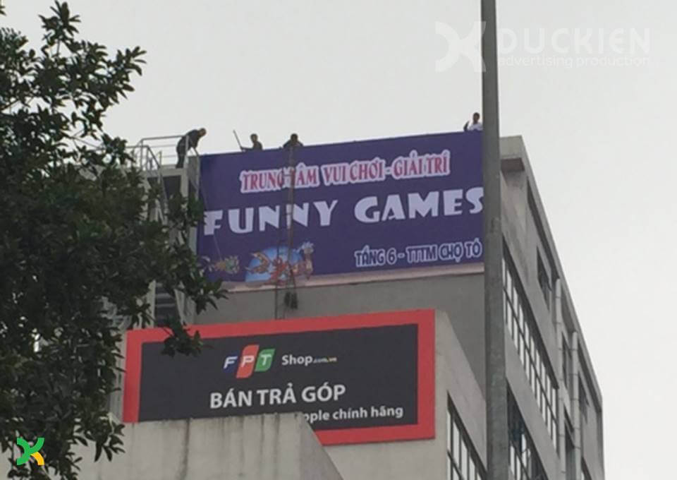 Biển quảng cáo trung tâm vui chơi tại Đông Anh