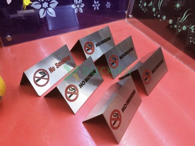 Biển cấm hút thuốc bằng inox để bàn
