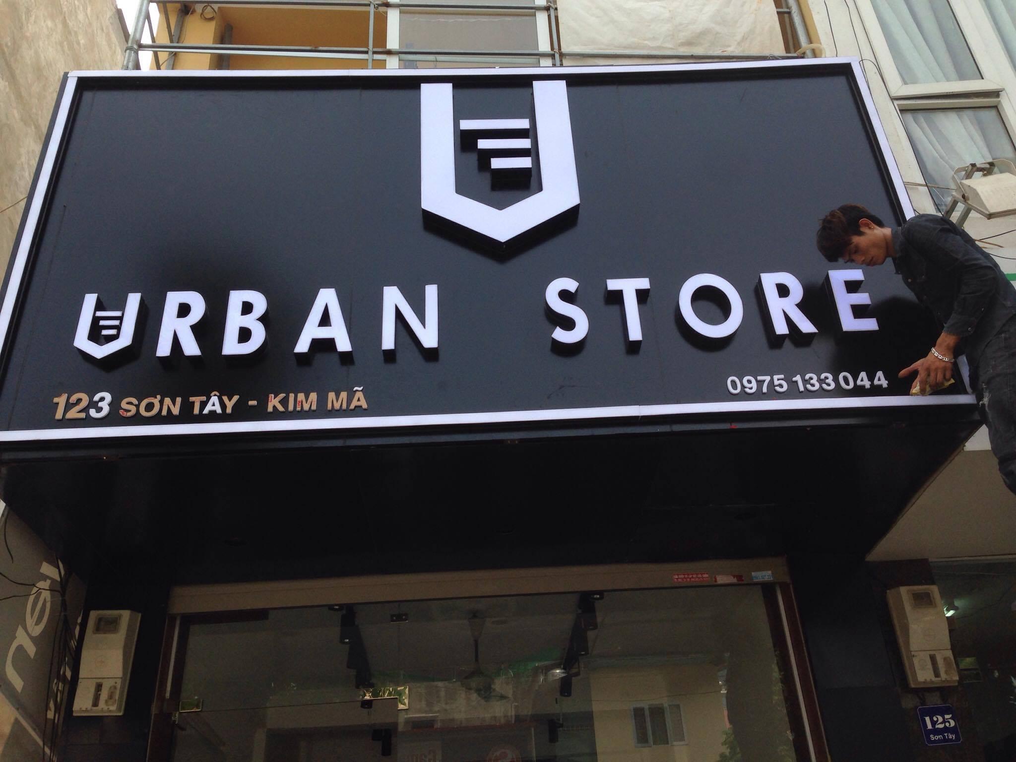 Biển quảng cáo shop thời trang Urban Store