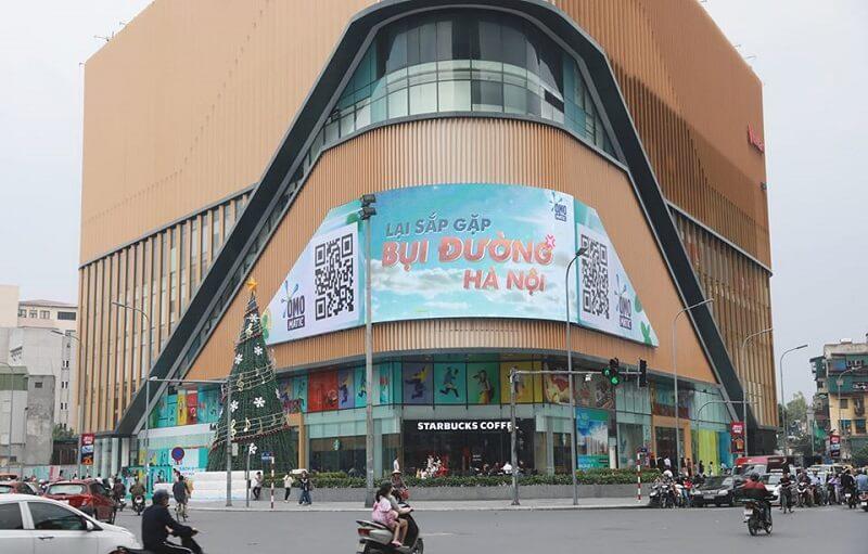 Màn hình quảng cáo LED độ phân giải cao lắp đặt tại TTTM Vincom ngã tư Phạm Ngọc Thạch - Chùa Bộc