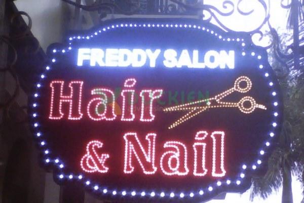 Biển LED vẫy cho tiệm nail và tóc